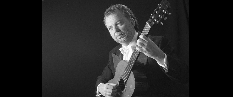 Chitarrista MANUEL BARRUECO @ Sala Verdi del Conservatorio di Milano